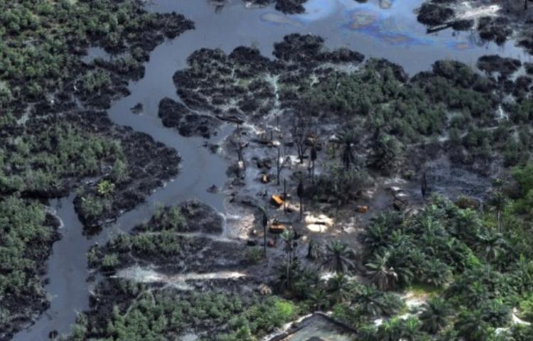 131106213518 nigeria oil spill story top 0