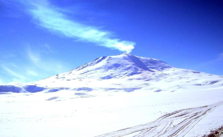 923cf0be6d 111167 volcans antarctique erebus fileminimizer