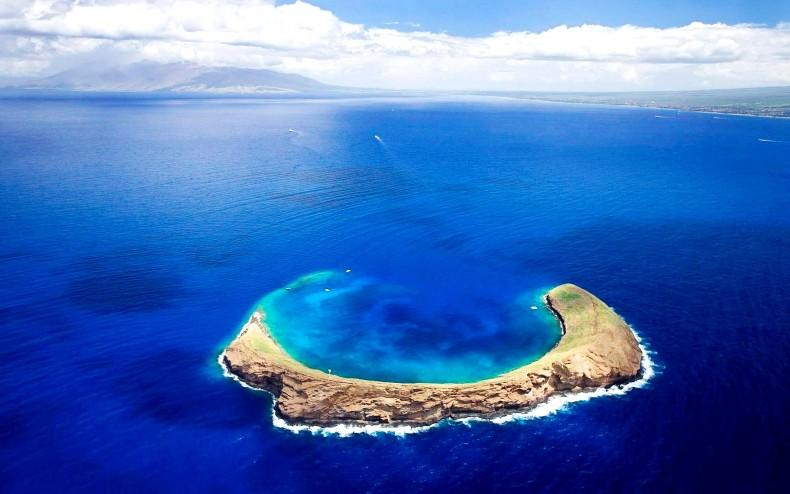 Hawaiian desktop wallpaper molokini island 790x494