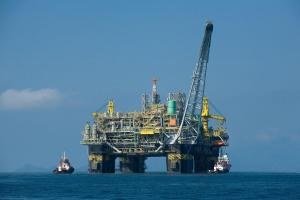 Oil platform p 51 brazil wikipedia commons